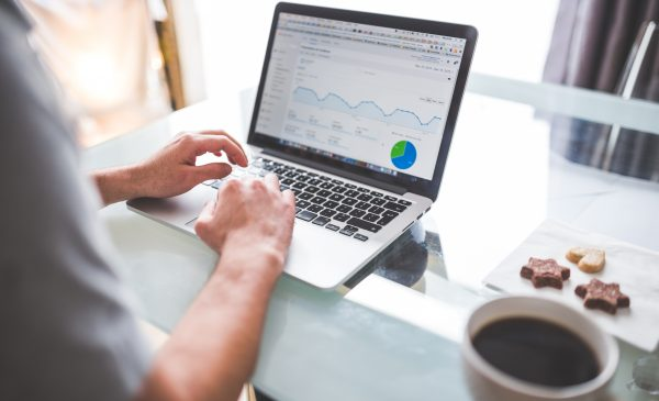 Come un'azienda può incrementare le sue entrate tramite un sito web